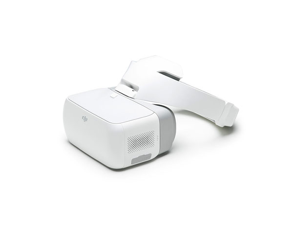Квадрокоптер DJI Phantom 4 Advanced и видеоочки Goggles