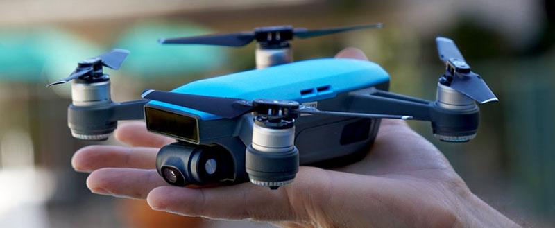 kvadrokopter-dji-spark-sky-blue-001